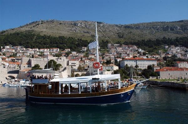 Croatian Traditional  Ship - 80 pax