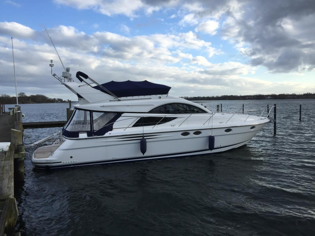 Fairline Phantom 46 Fly