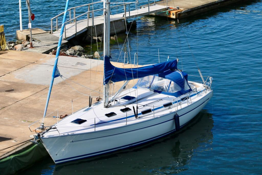 Bavaria 40, 3 kabins version